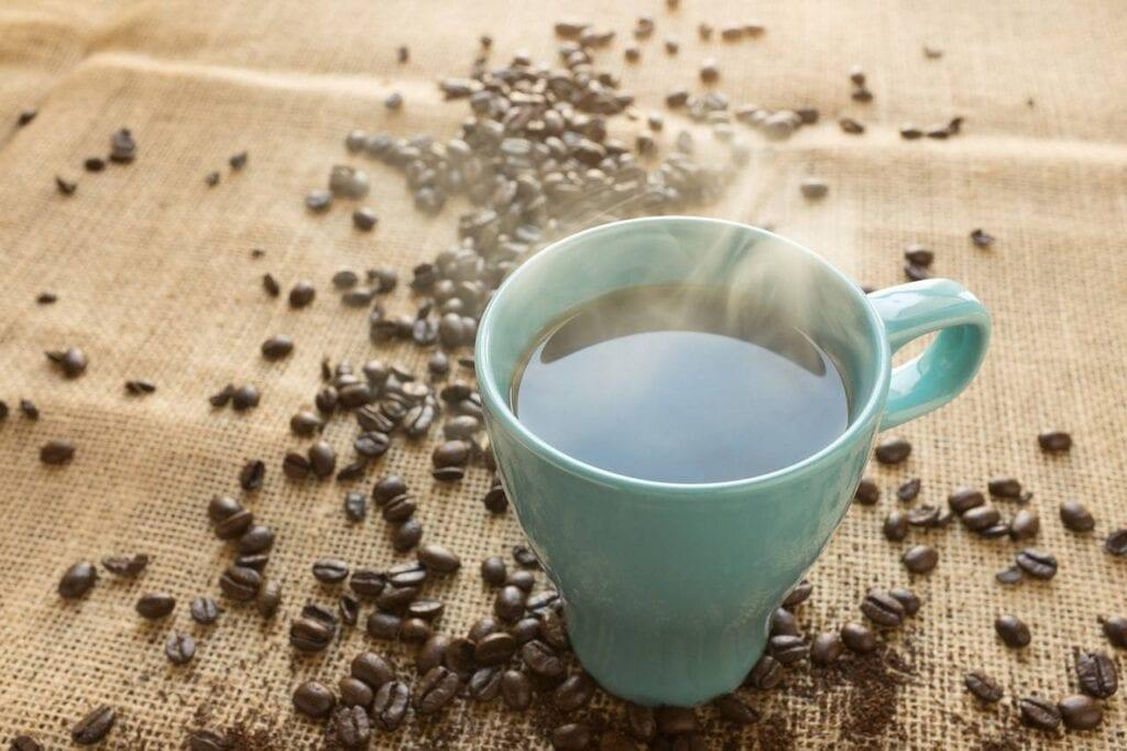 deliciosa taza de cafe colombiano
