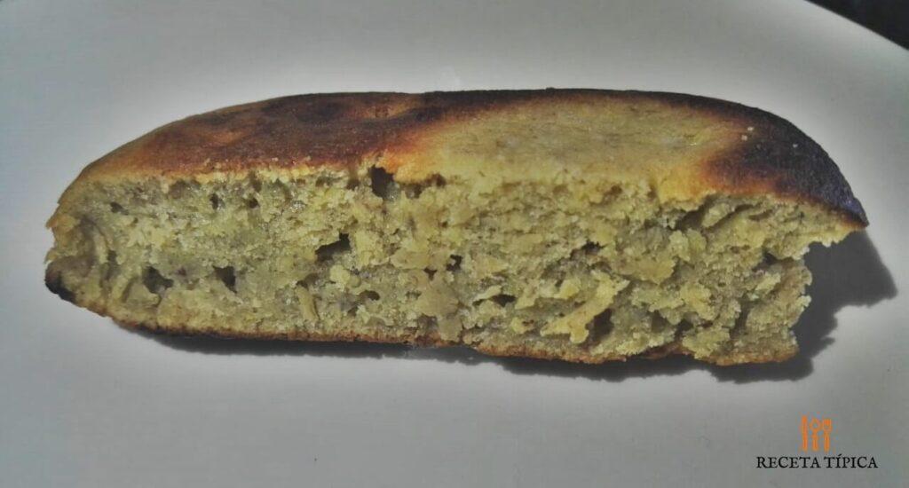 porción de torta de banano