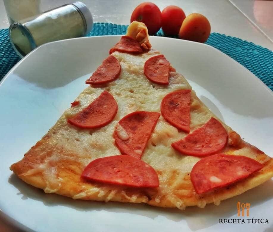 Porción de pizza hecha en casa