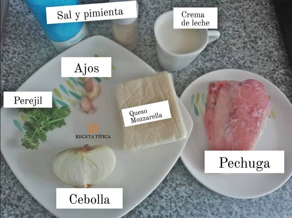 Ingredientes para preparar pollo en salsa de queso